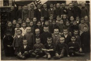 23Alacskaiiskolasok1926korul