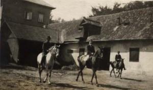 Akastelygazdasagiudvara1918-ban