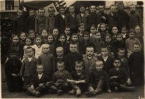 Alacskaiiskolasok1926-korul